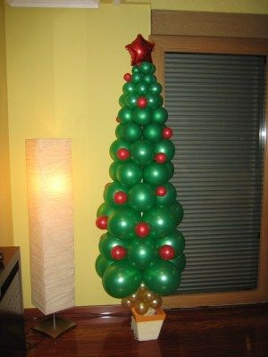 arbol de navidad con globos navideños - oferta amazon
